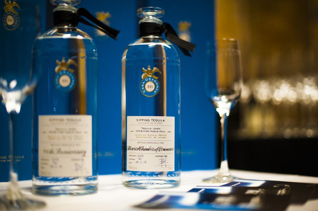 "Tequila Casa Dragones Joven personalizada ""Mexico Chamber of Commerce"""