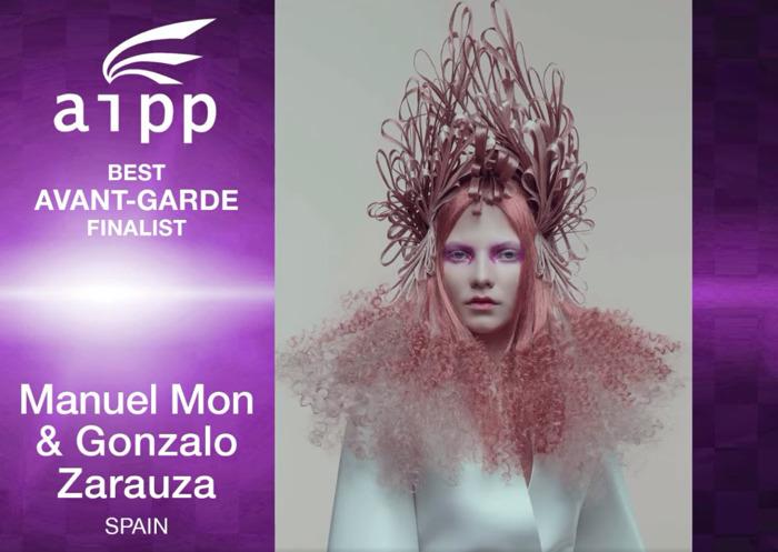 Manuel Mon y Gonzalo Zarauza , juntos como finalistas en los premios AIPP