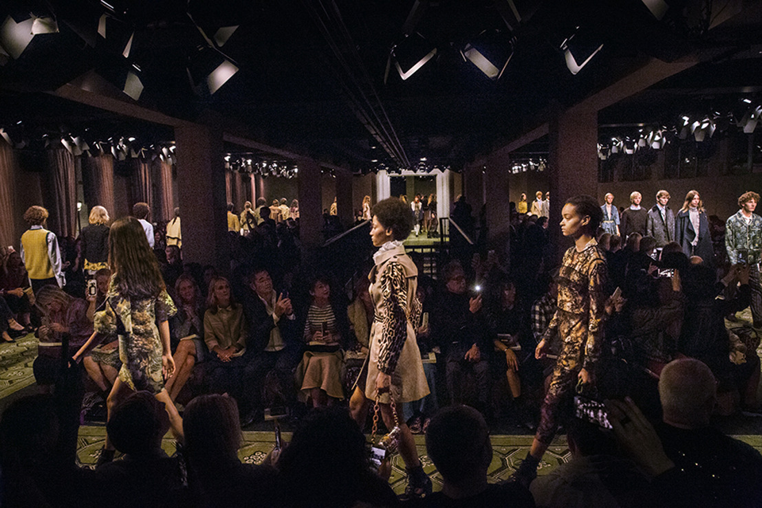 BURBERRY PRESENTA SEPTEMBER COLLECTION
