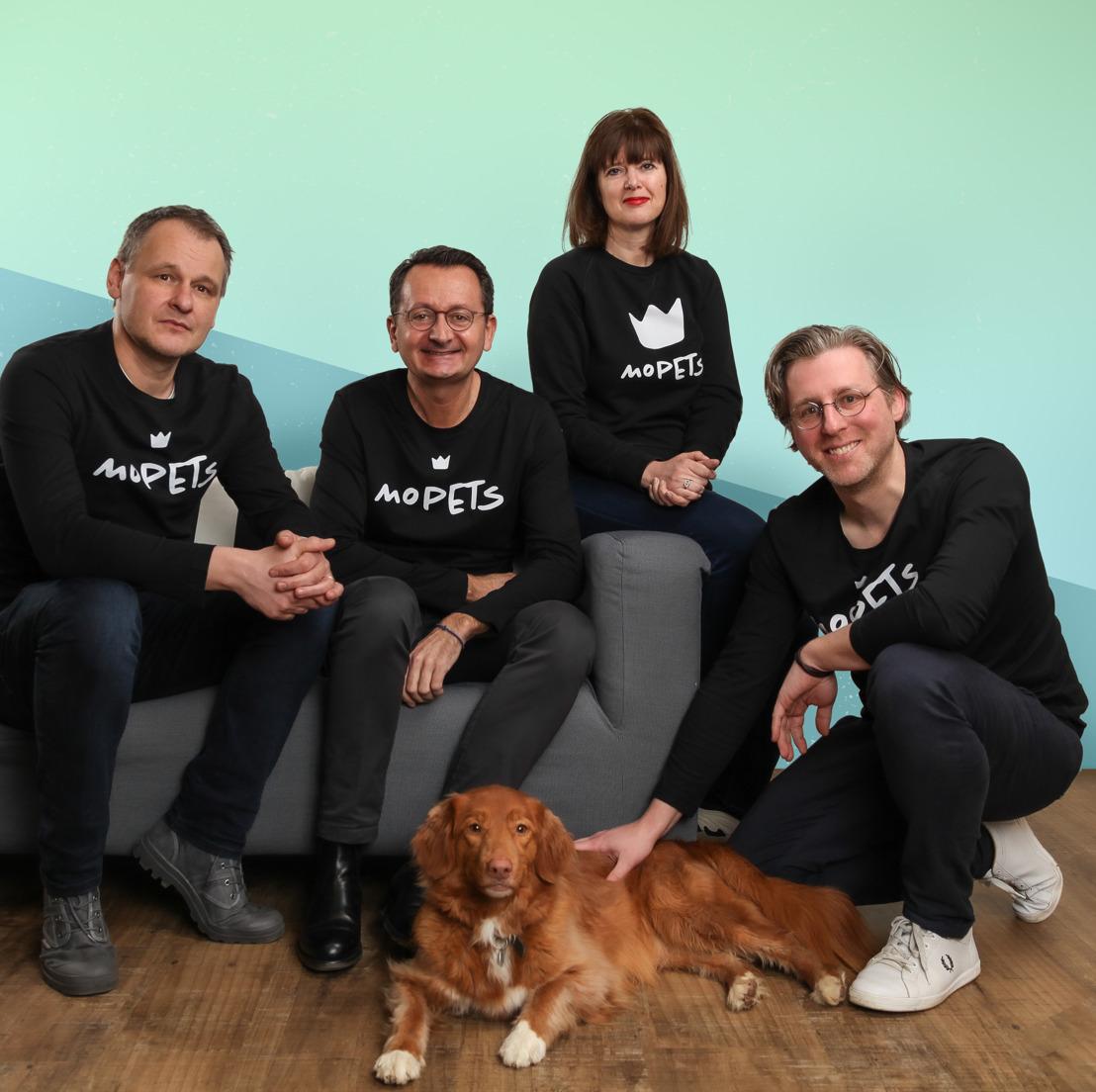 MoPETS gidst huisdiereigenaars in groeiende wereld van petsitters, dierenvoeding en beestige trends