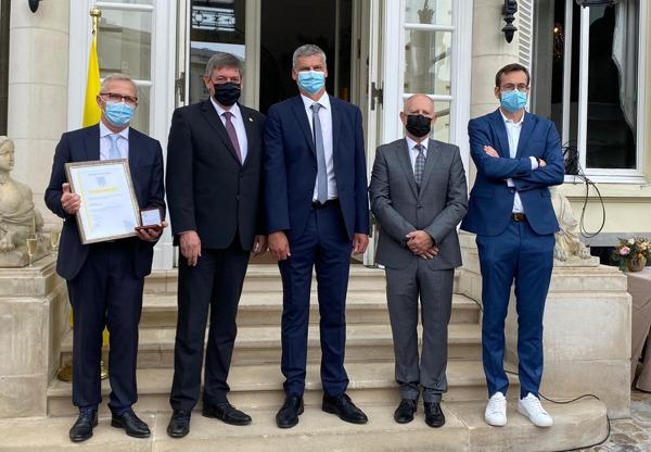 Preview: Vlaamse Regering erkent medewerkers Pfizer in België voor hun bijdrage in de strijd tegen Covid-19