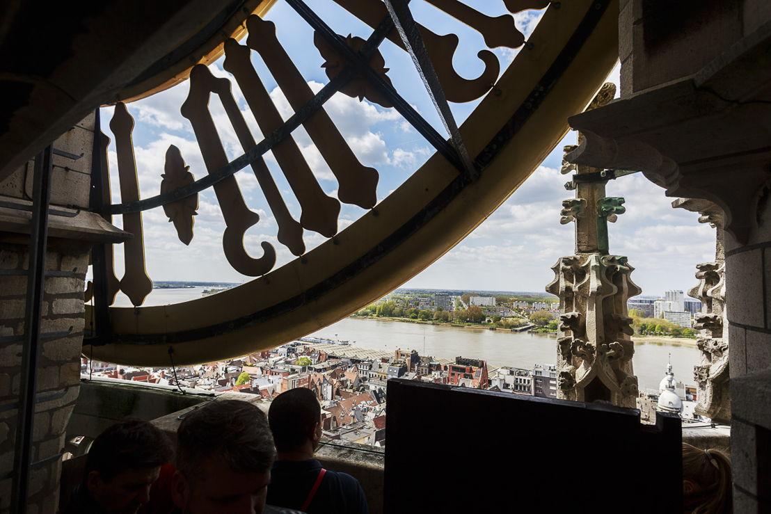 Zicht vanuit de toren (c) Victoriano Moreno