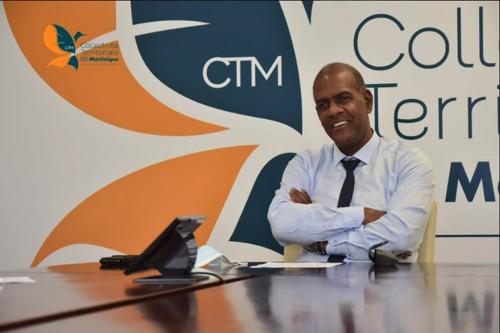 Relance de la coopération au sein de la Caraïbe : Serge LETCHIMY rencontre Dr. Didacus JULES, Directeur général de l'OECS