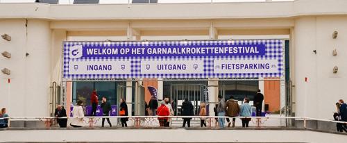 Bezoekers eten meer dan 20.000 garnaalkroketten op eerste Garnaalkrokettenfestival