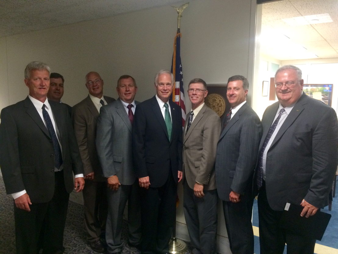 GROWMARK System leaders visit with Senator Ron Johnson to thank him for his support and all that he and his staff do to improve agricultural opportunities in Wisconsin.