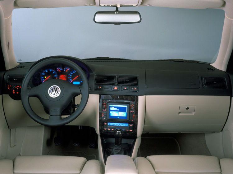 A partir del Golf Mk4, los compactos se volvieron digitales.