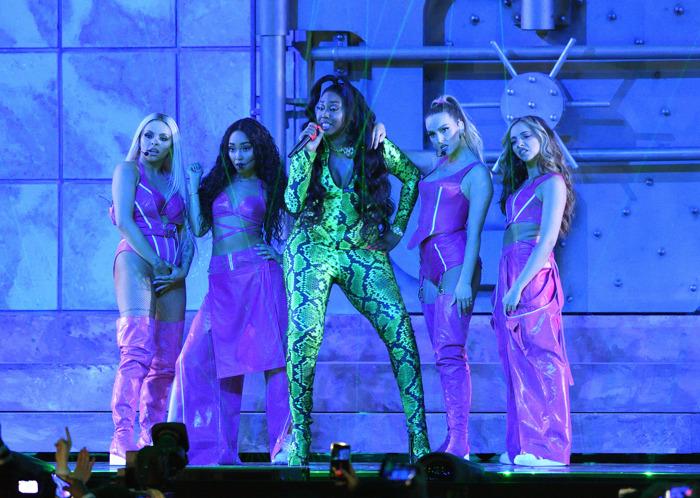 P!nk optrådte gennem ild og vand ved dette års BRIT Awards