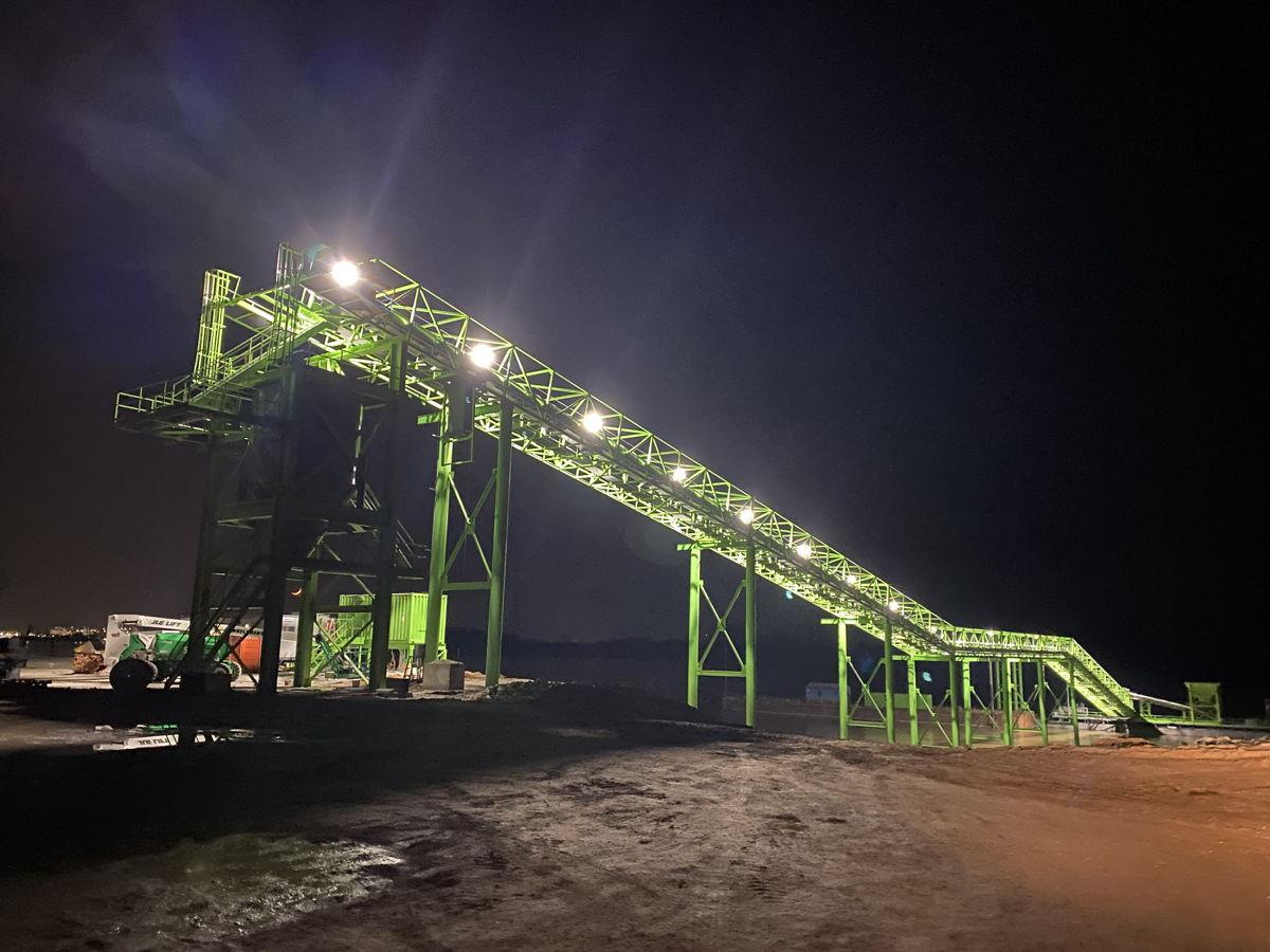 The conveyor at night