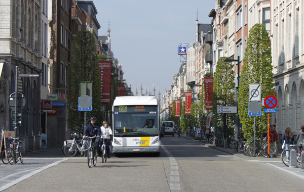 Onder meer op de Bondgenotenlaan in Leuven rijden op 12 april een tijdlang geen bussen