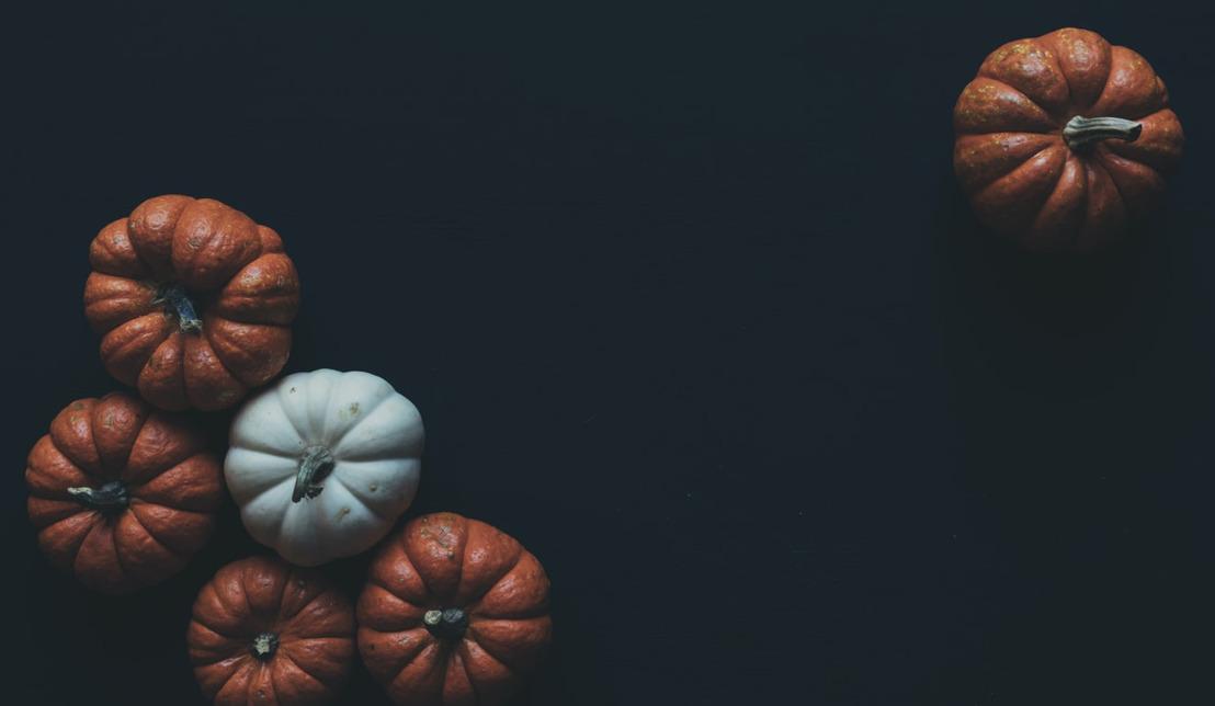 Scarica AdottaUnRagazzo e organizza l'appuntamento perfetto per Halloween!