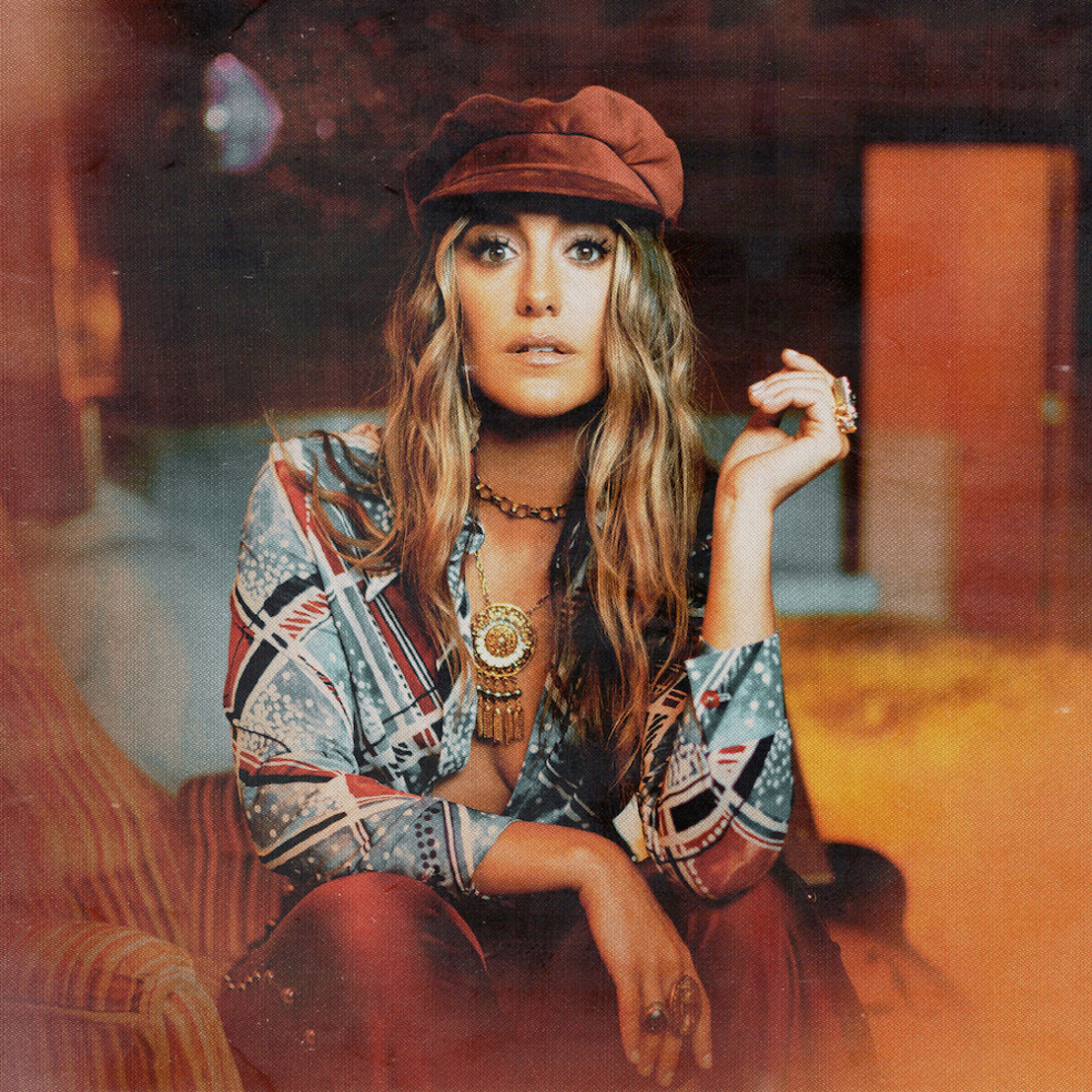 """Country Newcomer Lainey Wilson's Hit Single """"Things A Man Oughta Know'"""" Certified Gold in Canada"""