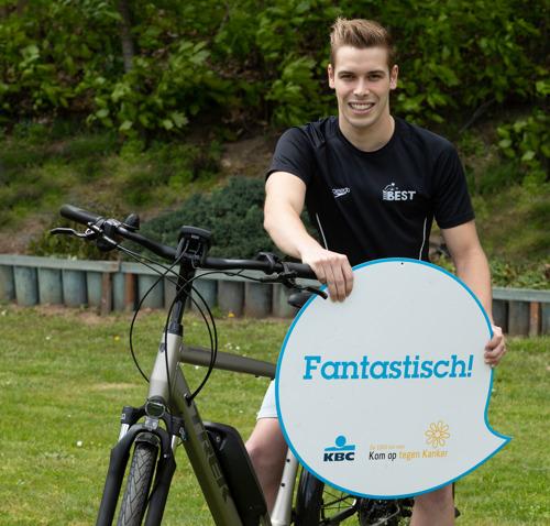 Winnaars Gelijk nen Echte-fietschallenge van Kom op tegen Kanker krijgen jaar lang Trek-fiets dankzij KBC fietsleasing
