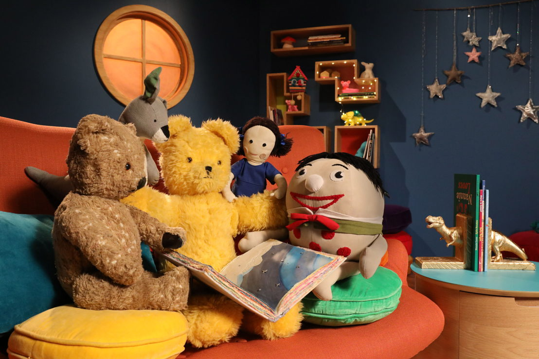 Play School's Story Time - Little Ted, Joey, Big Ted, Jemima and Humpty on set