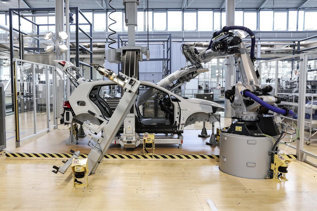 Los sistemas de producción del mañana se desarrollan en la Gläserne Manufaktur