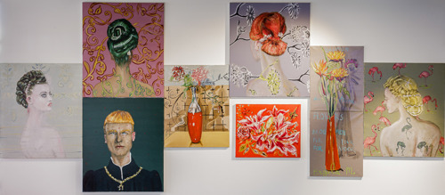Le peintre Jan Van Imschoot expose 8 tableaux dans l'entrée principale de l'UZ Brussel et une une sérigraphie unique de Kasper Bosmans pour chaque collaborateur de l'UZ Brussel