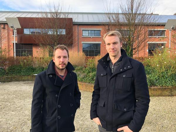 De gauche à droite:  Managers Evoke: Jesse Huybrechts et Corneel Haine