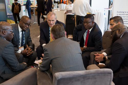 Africa Oil Week 2018 explore les opportunités financières du Marché pétrolier et gazier africain.
