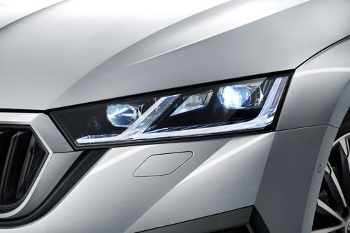 Innovative lighting technology for maximum safety: ŠKODA utilises LED headlights