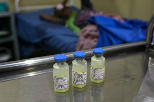 MSF pide a Gilead que cumpla su promesa y amplíe el acceso a un fármaco clave para tratar la segunda causa de muerte entre las personas con VIH