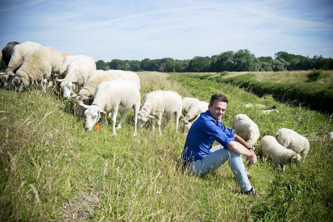 Lieven Van Gils presenteert vanaf 28 mei De EK-watchers (c) VRT