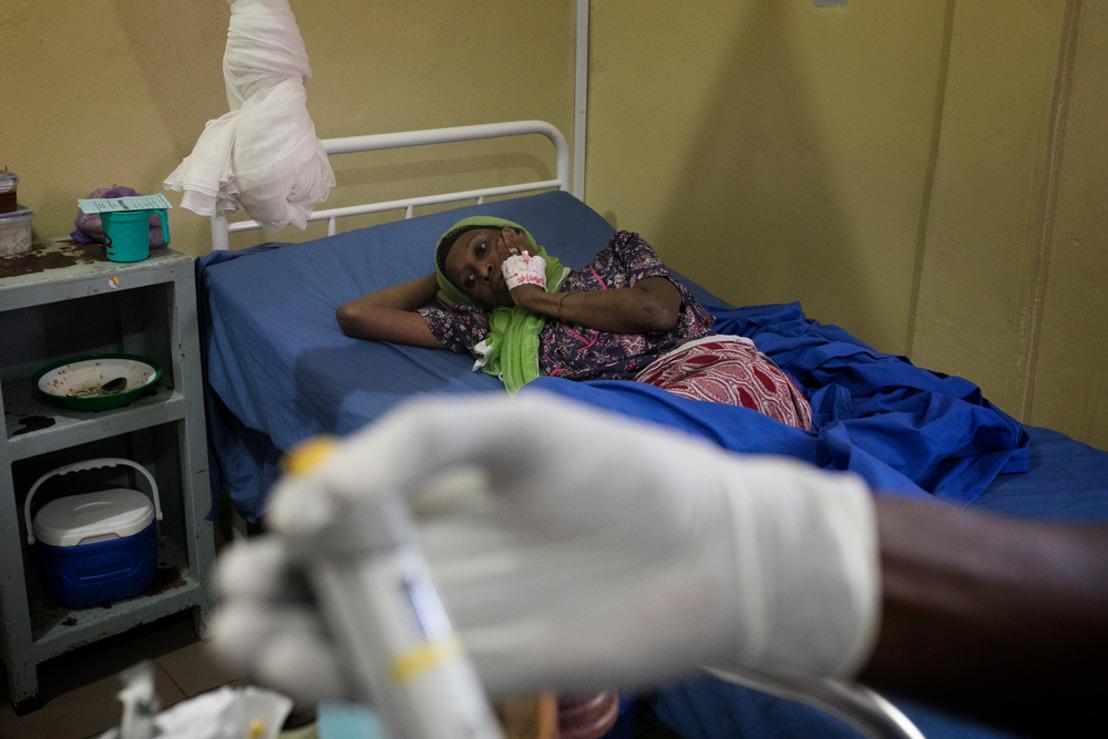 MSF alerta de que las muertes por VIH apenas han disminuido en los últimos años
