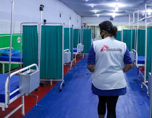 Preview: MSF solicita a Gavi que revise su mecanismo global y demande a las farmacéuticas que vendan las vacunas contra la COVID-19 a precio de coste