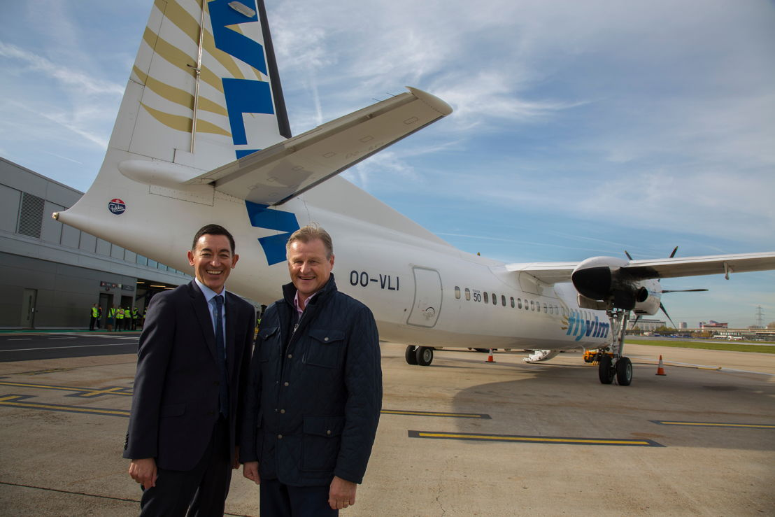 Neil Dillon (Marketing & Customer Director London City Airport) and Peter Döhr (Senior Sales Manager VLM Airlines)