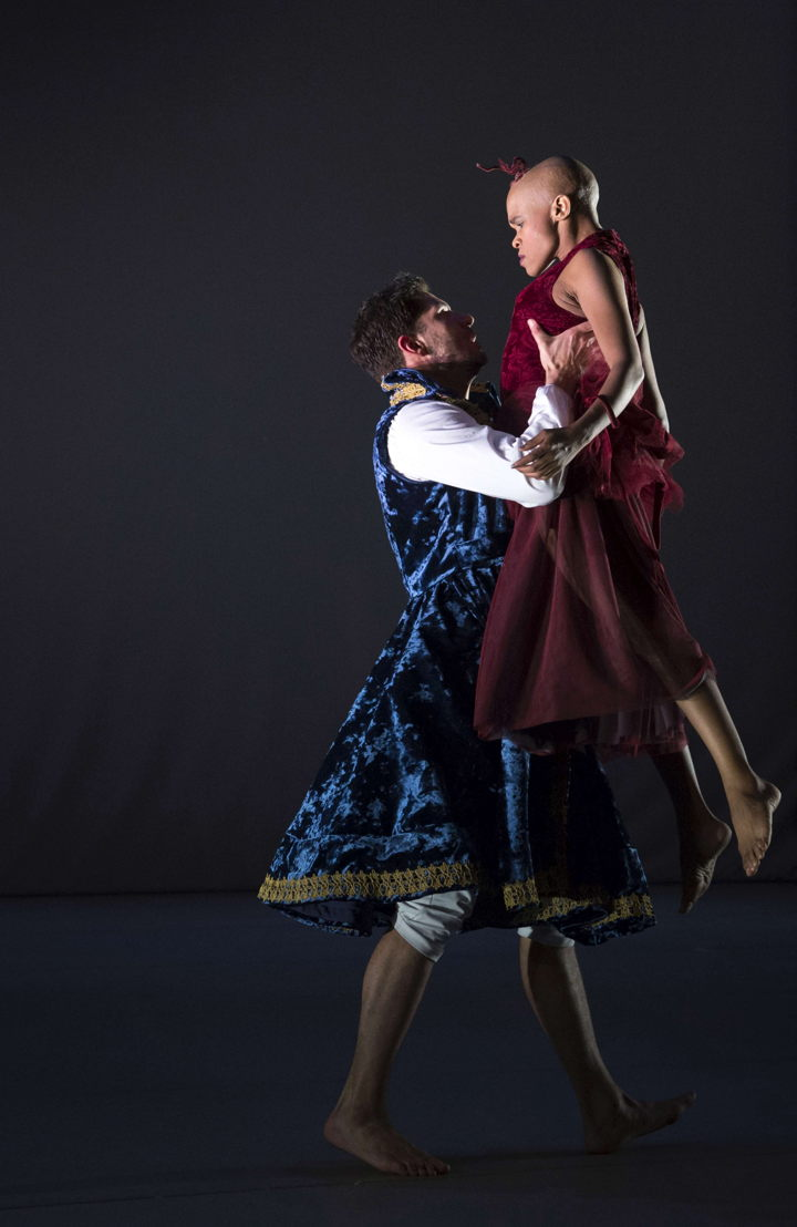 A scene from Dada Masilo's Giselle, pic Jan Potgieter (12)