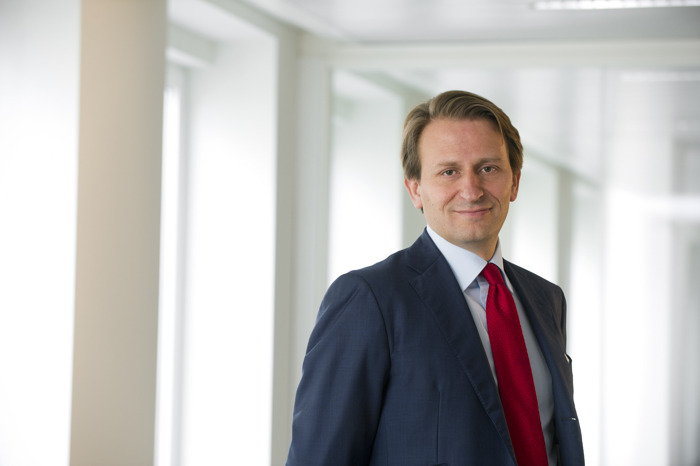 Evolution in Xavier Van Campenhout's role: from Deputy CEO to committed family shareholder