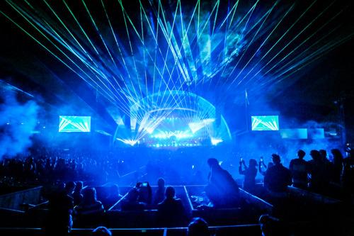 Pete Tong's Ibiza Classics Hits Hollywood Bowl - Hear New Tracks Ahead of LP Dec 1