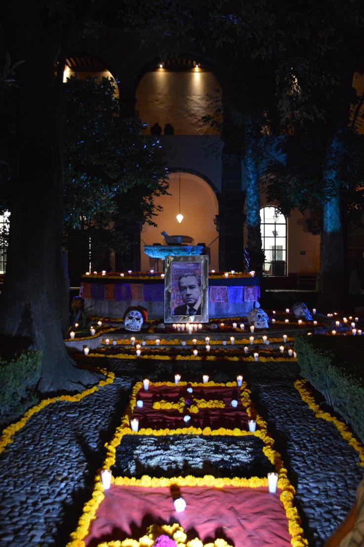 Altar en Centro Cultural Ignacio Ramírez en Bellas Artes