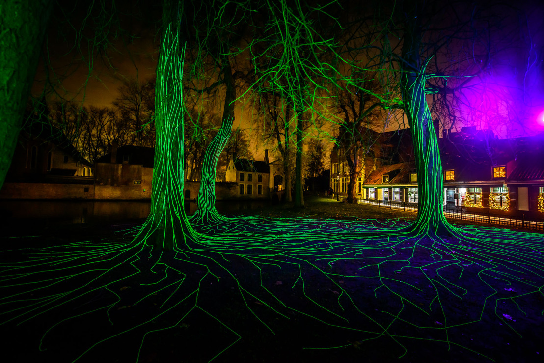 Painting with Light designs and installs magical WinterGlow light trail in Bruges