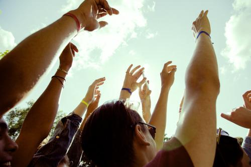BASE renforce solidement son réseau pour la saison des festivals