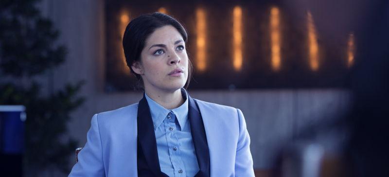 Follow The Money - Aflevering 1: Nathalie Madueño als Claudia - (c) Lumière