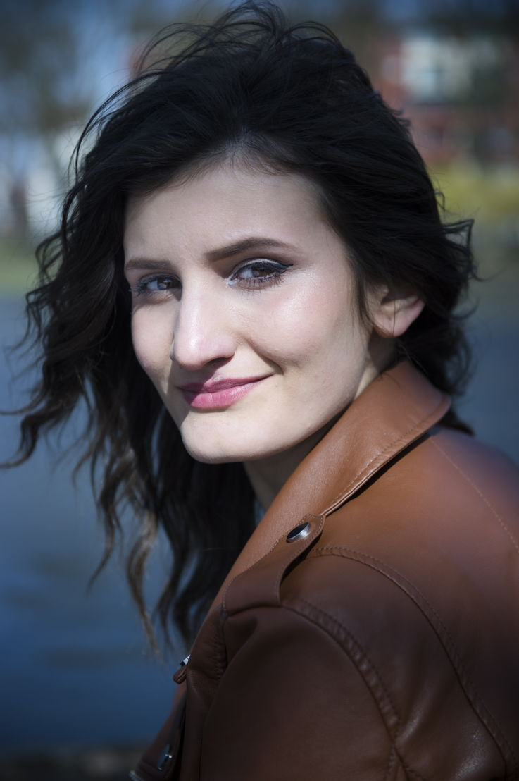 Leyla - gespeeld door Angela Jakaj - (c) VRT / Lies Willaert