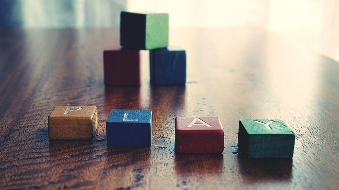 Tips y guía de juguetes para jugar con tu hijo según su edad