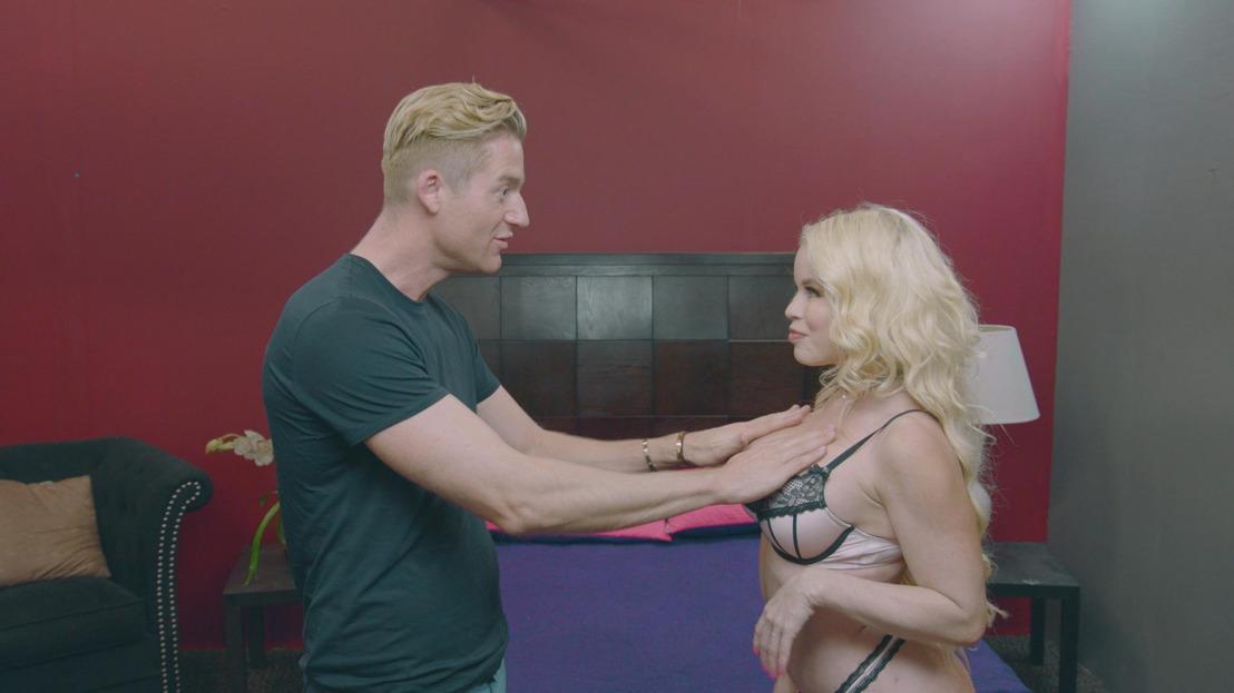 Jani ontdekt met rode oortjes de pornowereld in LA