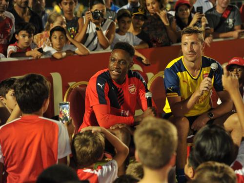 Striker Danny Welbeck meets aspiring young footballers in Dubai