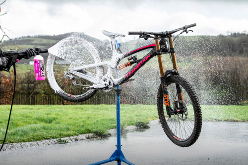 MUC-OFF Introduces the World's First Bike-Specific Pressure Washer to USA