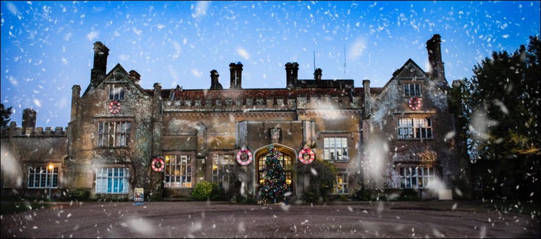 Christmas in Winchester: Markets, Shopping and Shows