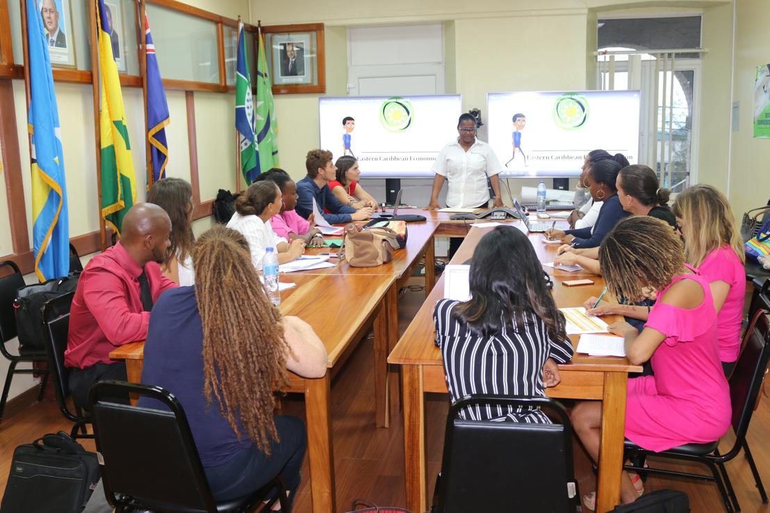 INTERREG ELAN : visite officielle des futurs professionnels de l'éducation de Martinique et de Guadeloupe au siège de l'O.E.C.O à Castries (Sainte-Lucie)