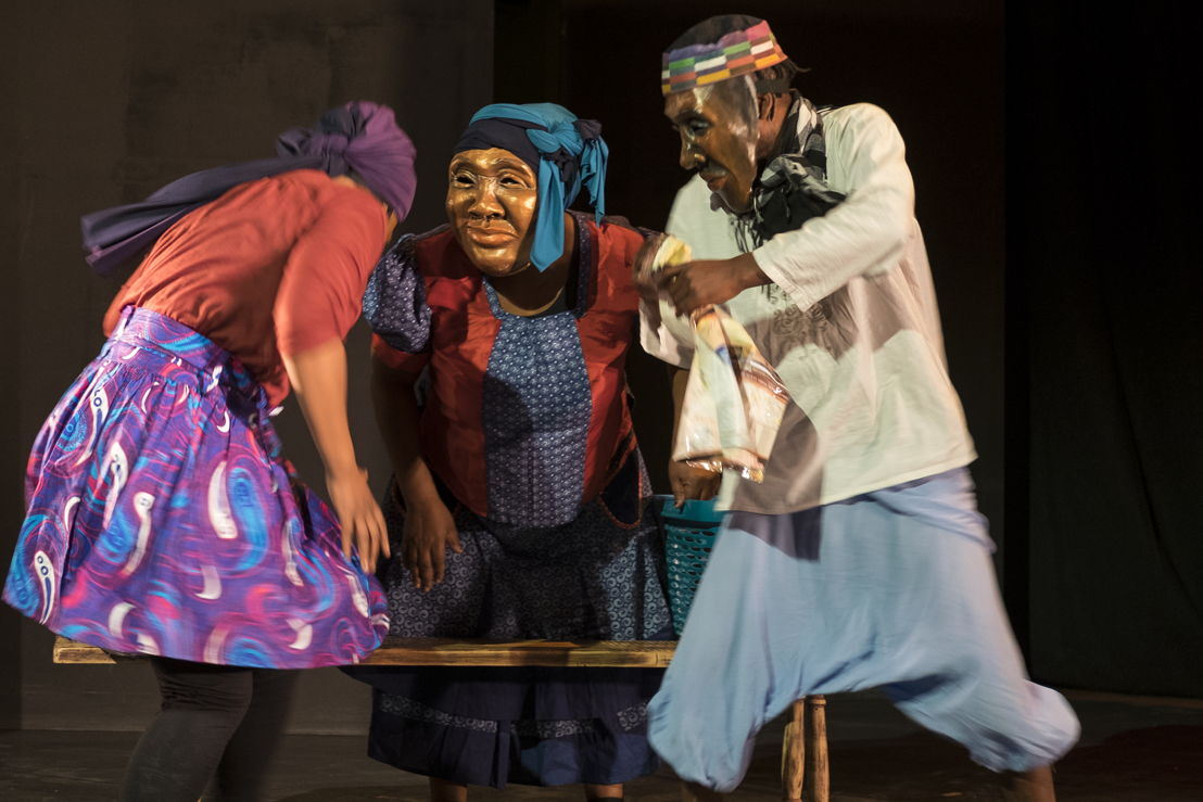 Nombasa Ngoqo, Nox Donyeli, Sisonke Yafele in Falling off the Horn - Credit CuePix, Jeff Stretton-Bell - National Arts Festival 2016
