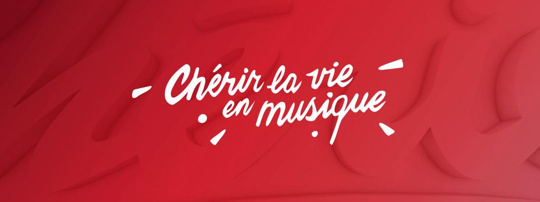 Chérie voit la vie en musique.
