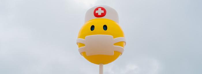 Nieuwe zeemoji in Oostende brengt hulde aan de zorgsector