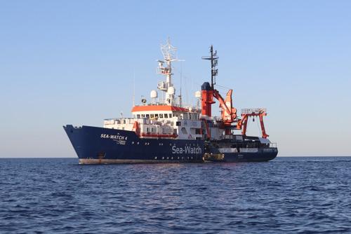 Las autoridades portuarias italianas bloquean al Sea Watch 4 en el puerto de Palermo