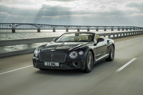 DRIVER-FOCUSSED, ELEGANT AND EXQUISITELY HAND-CRAFTED: NEW CONTINENTAL GT V8 AND GT V8 CONVERTIBLE