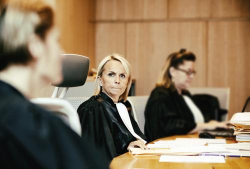6 nieuwe rechters in nieuw seizoen De Rechtbank