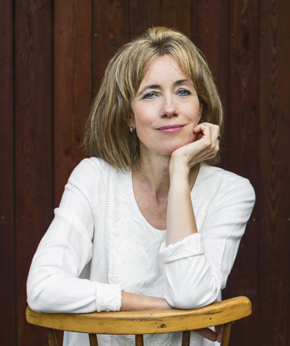 """Einladung zur Lesung: Charlotte Link stellt ihren neuesten Kriminalroman """"Die Suche"""" in Wiesbaden vor"""
