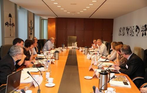 UNIZO-bedrijfsleiders lopen stage in het Vlaams Parlement