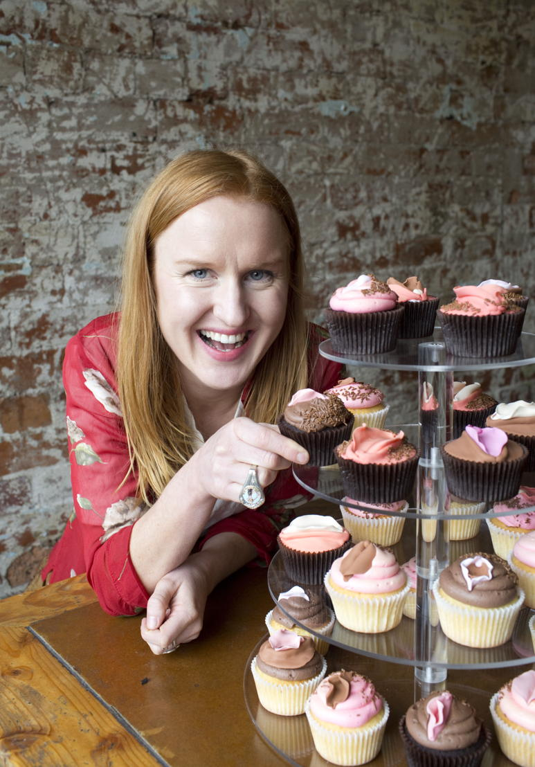 Nat Harris and cupcakes in THE VAGINA DIARIES